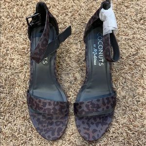 Coconuts by Matisse sashed grey leopard heels